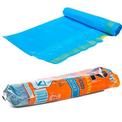 Rollo de basura azul de 55 x 55 cm.